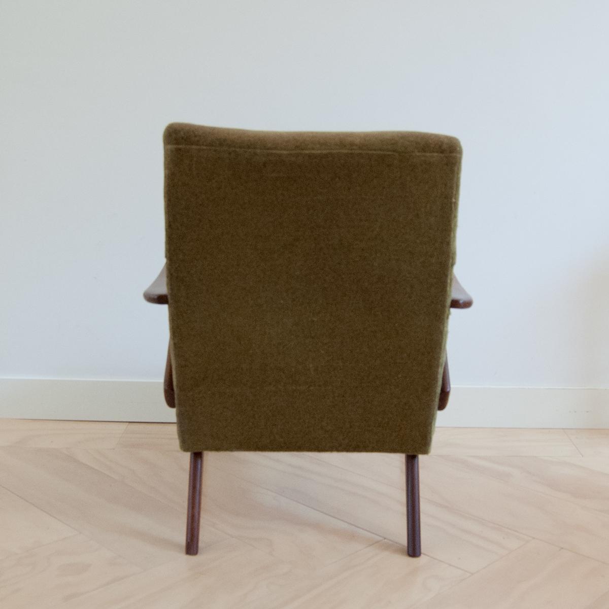 Lounge fauteuil easy chair in Scandinavische stijl - Gebroeders ...